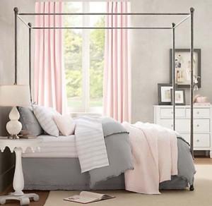 Grey-Pink-Color-Bedroom-Decoration-Idea-500x487