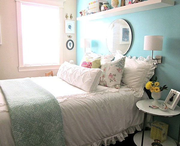 Blue-and-pink-pastels-crisply-combine-with-white